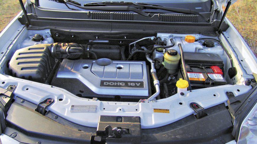 Chevrolet Captiva - 2006 - двигатель