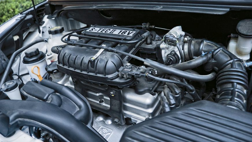 Chevrolet Spark - 2010 - двигатель