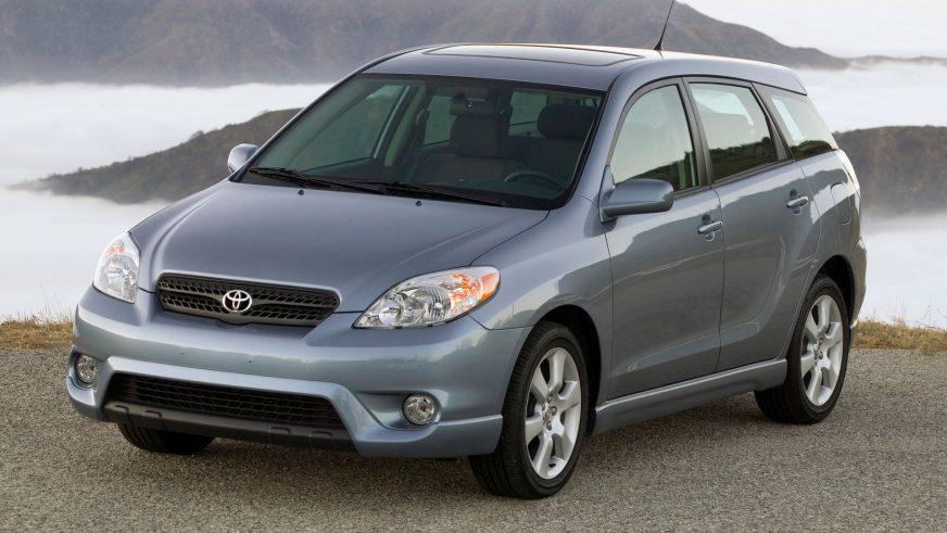 2002 год - Toyota Matrix (E130)