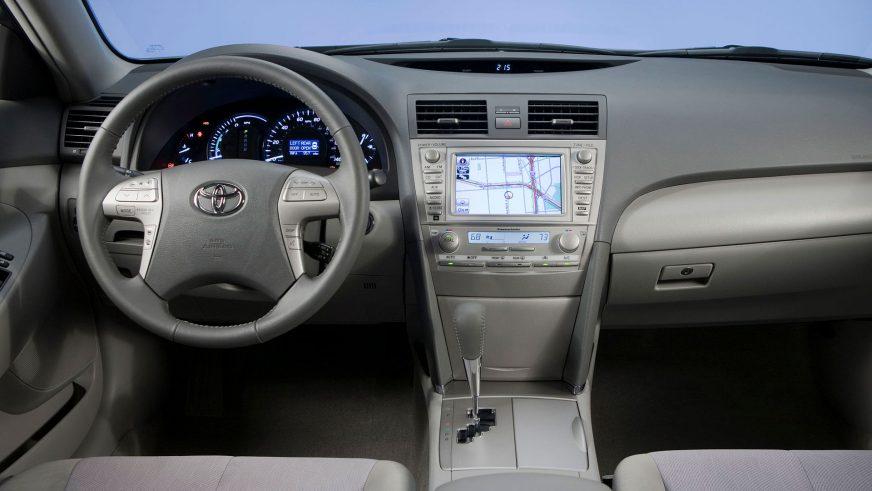 2009 год - Toyota Camry Hybrid (XV40) (рестайлинг)