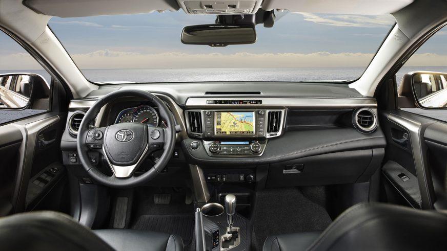 Toyota RAV4 четвёртого поколения был представлен в ноябре 2012 года