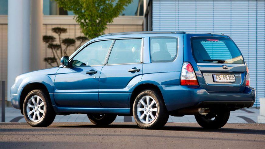 2005 год. Плоды рестайлинга второго поколения особенно заметны на передней части автомобиля