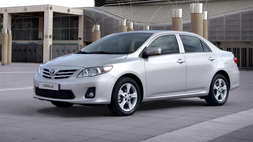 2010 год — Toyota Corolla десятого поколения (рестайлинг)