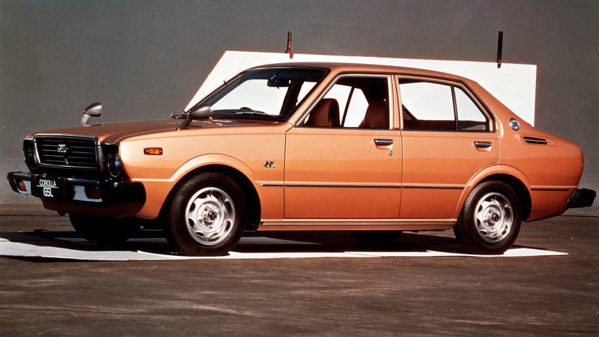 1974 год — Toyota Corolla третьего поколения
