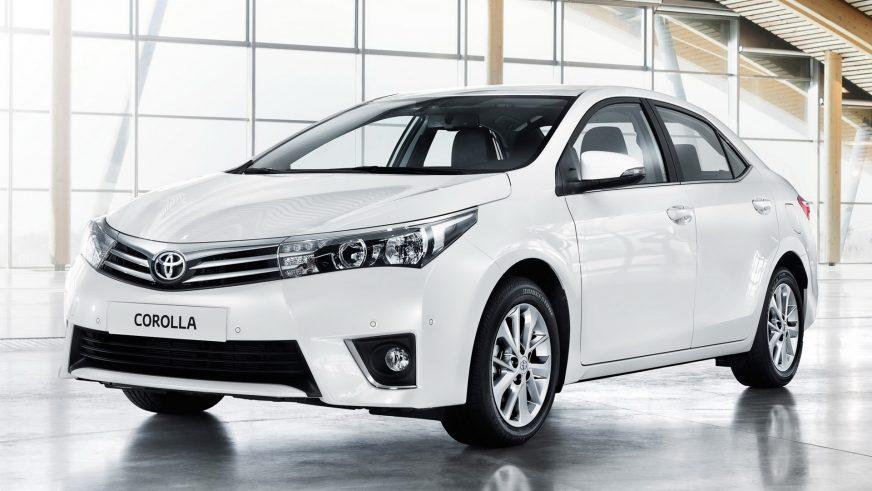 2013 год — Toyota Corolla одиннадцатого поколения