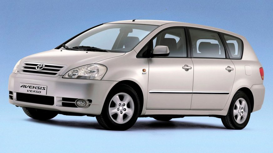 2001: Toyota Avensis Verso