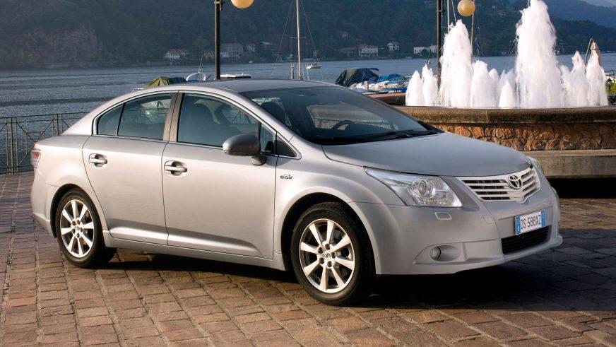 2008: Toyota Avensis третьего поколения (Т27)