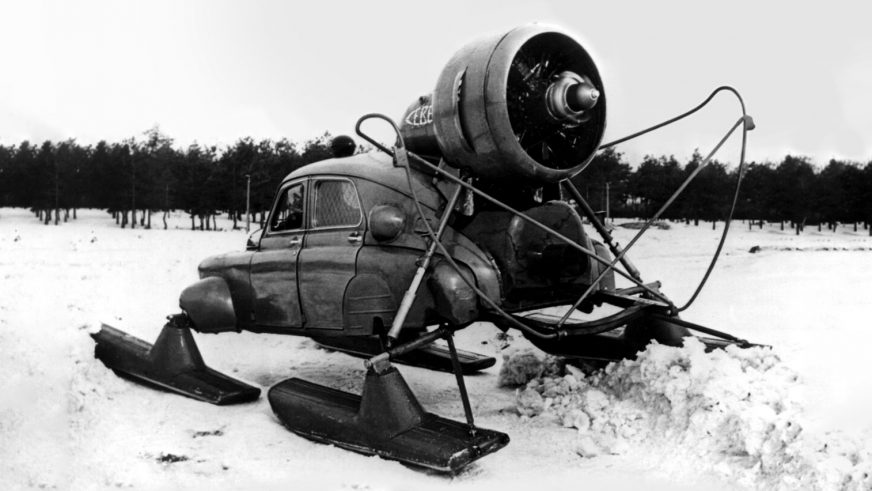 1960 год — ГАЗ М-20 «Победа» аэросани «Север»