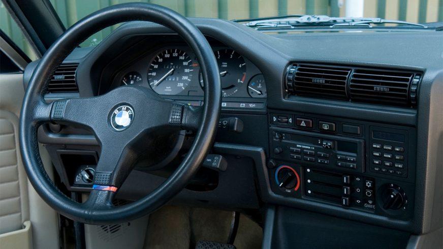 1983 год — BMW 325e Sedan (E30)