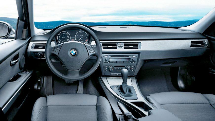2005 год — BMW 330i Sedan (E90)