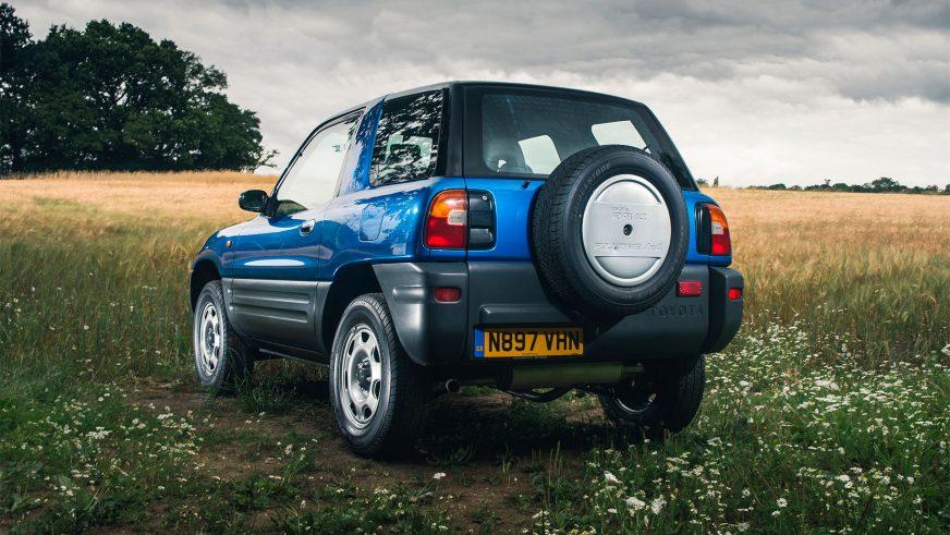 1994 год — Toyota RAV4