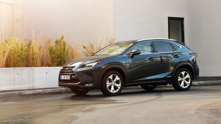 Lexus NX 300h - 2014