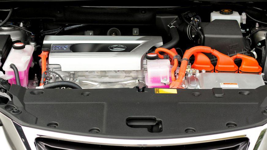 Lexus NX 300h - 2014 - двигатель
