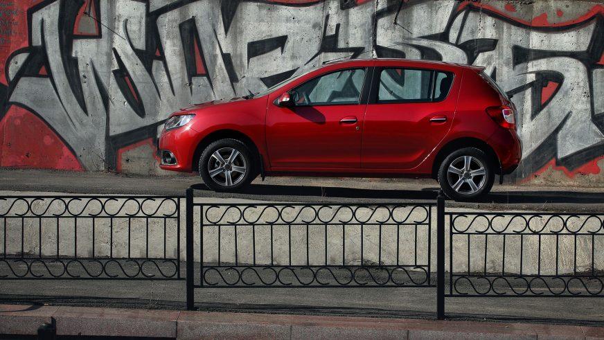 Renault Sandero - 2015