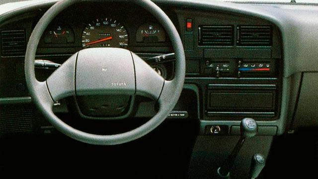 1988 год — Toyota Hilux пятого поколения