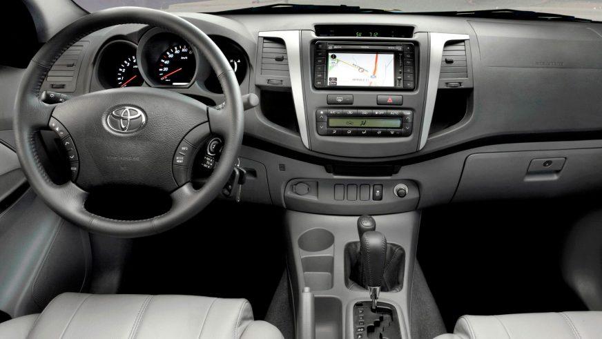 2008 год — Toyota Hilux седьмого поколения (рестайлинг)