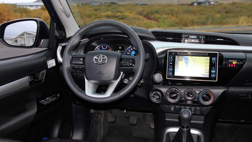 Toyota Hilux - 2015