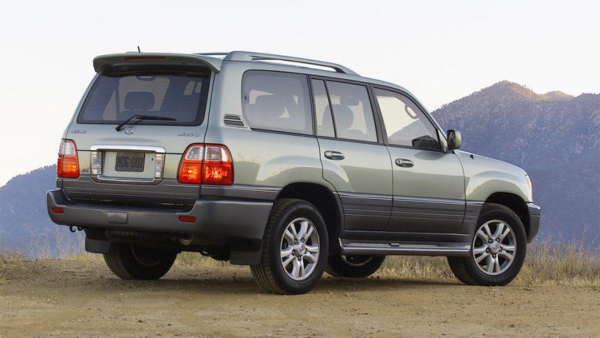 2002 год — Lexus LX 470 (UZJ100) второго поколения (рестайлинг)