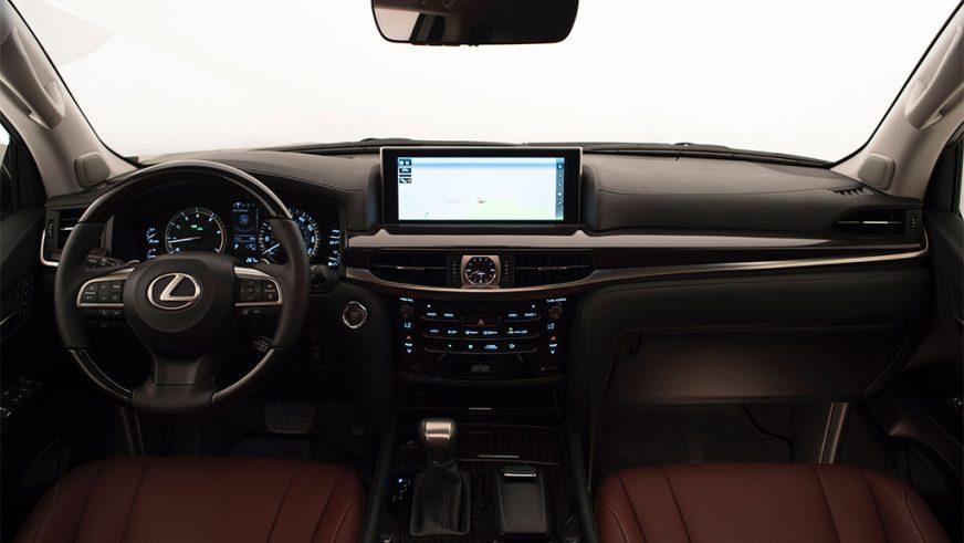 2015 год — Lexus LX 570 (URJ200) третьего поколения (рестайлинг)