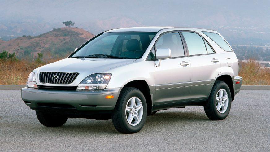 1998 год — Lexus RX (XU10) первого поколения