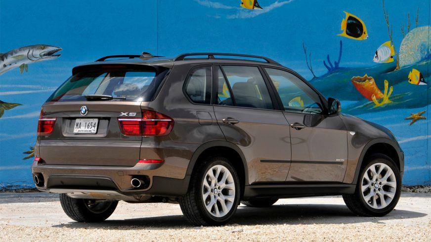 2010 год — BMW X5 (E70) второго поколения (рестайлинг)