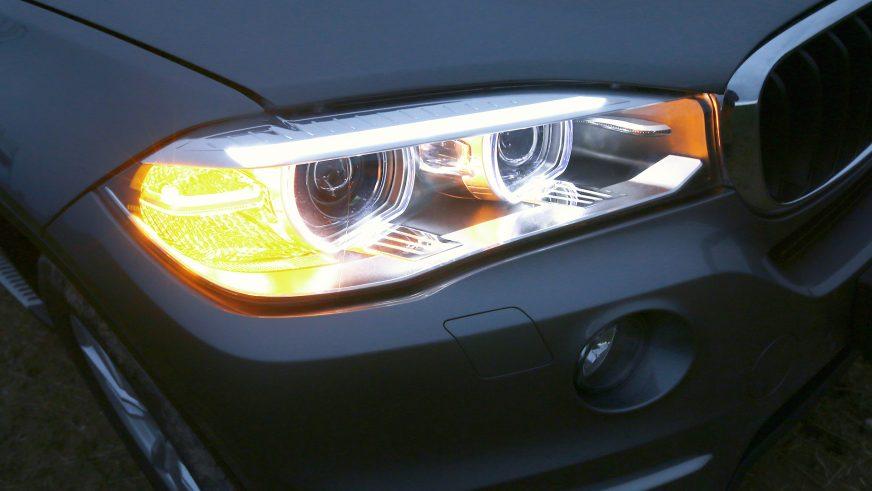 BMW X5 F15, xDrive35i - 2015 - фары
