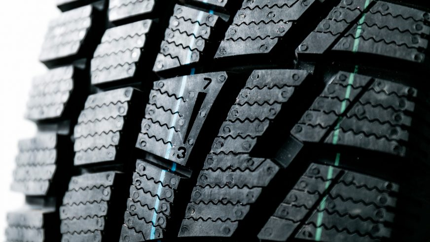 О чём предупреждают буквы и цифры на ваших шинах
