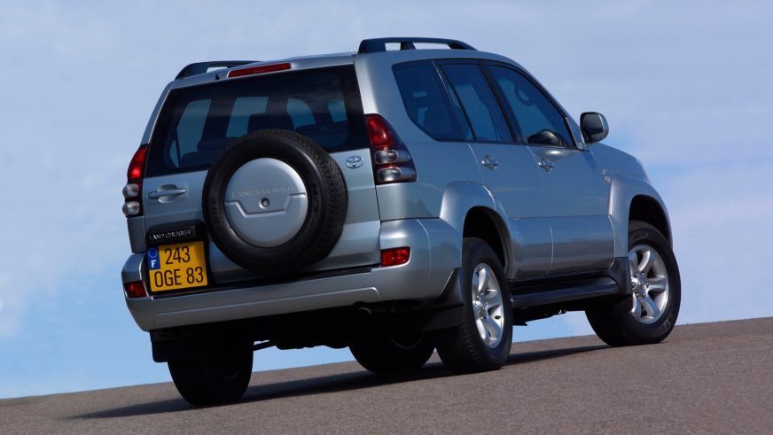 2002 год — Toyota Land Cruiser Prado (120)