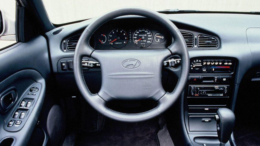 1996 год — Hyundai Sonata третьего поколения (рестайлинг)