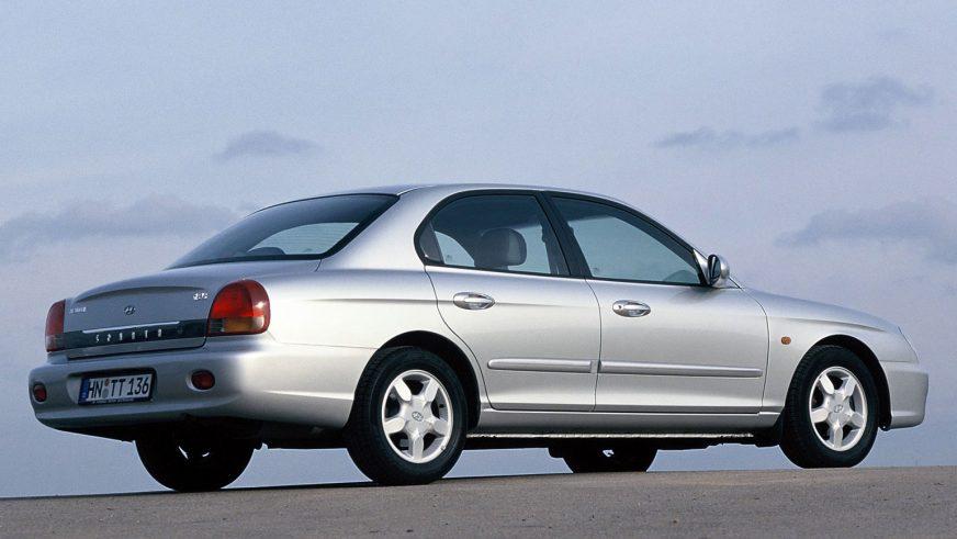 1998 год — Hyundai Sonata четвёртого поколения