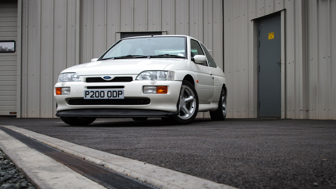 Ford Escort версия RS Cosworth