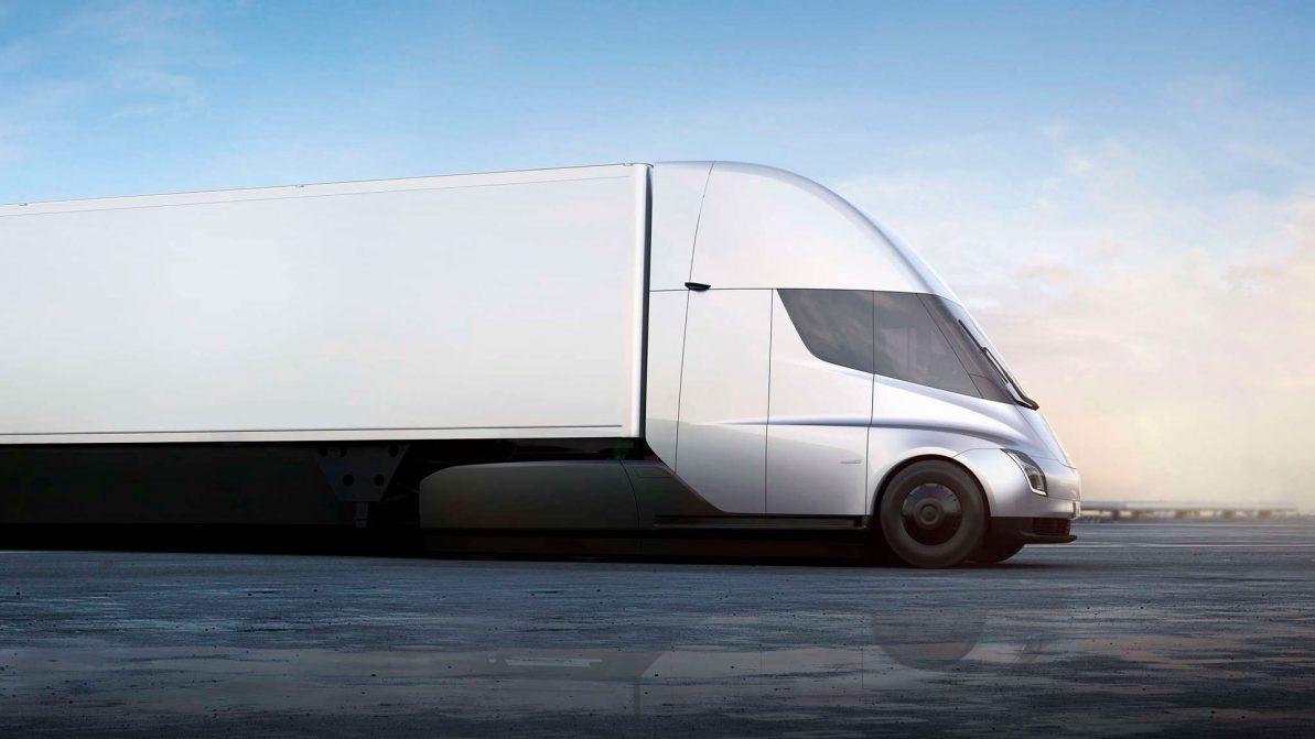 Самый доступный тягач Tesla оценили в $150 000
