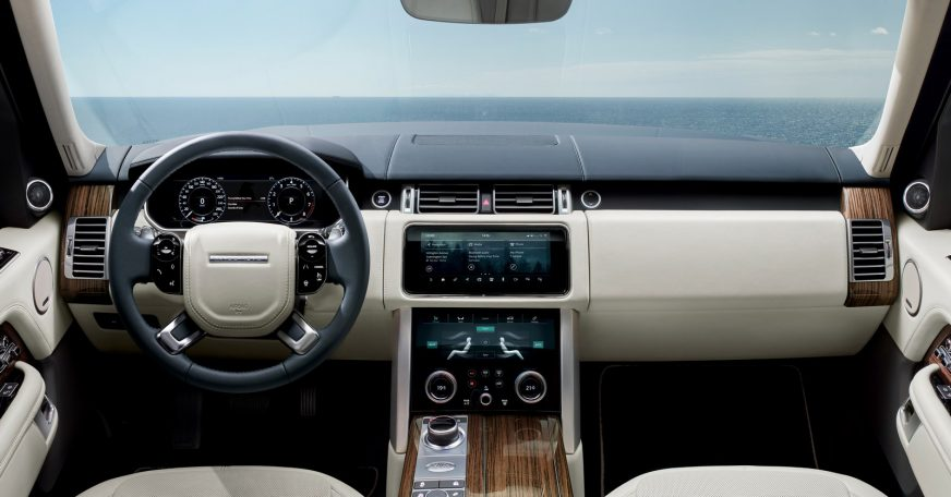 Салон обновлённого Range Rover