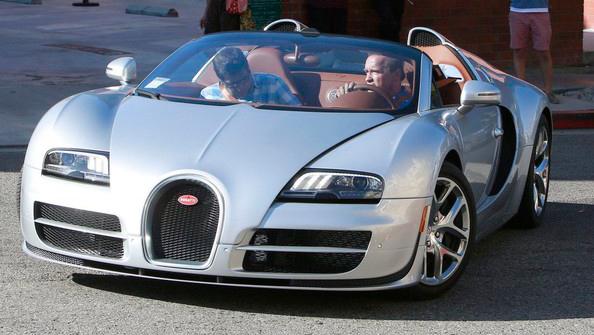 Bugatti Veyron Шварценеггера