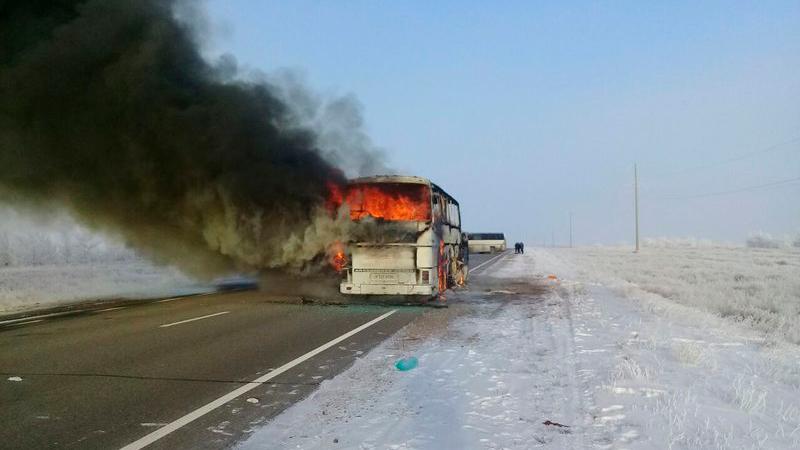 Двери сгоревшего автобуса были заблокированы