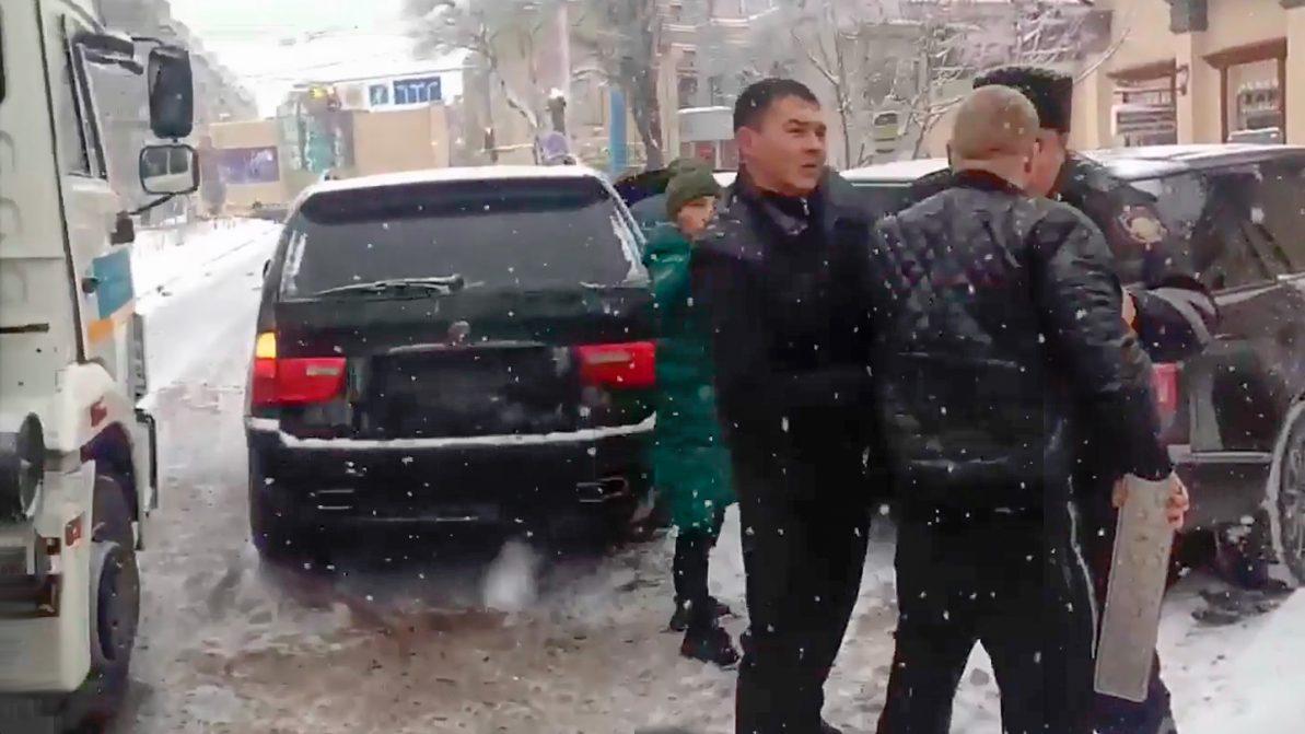 Дело водителя BMW X5, напавшего на полицейских, набирает обороты