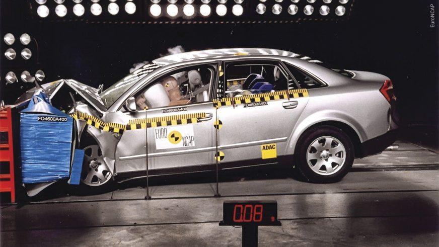 Audi A4 - 2004 - краш-тест