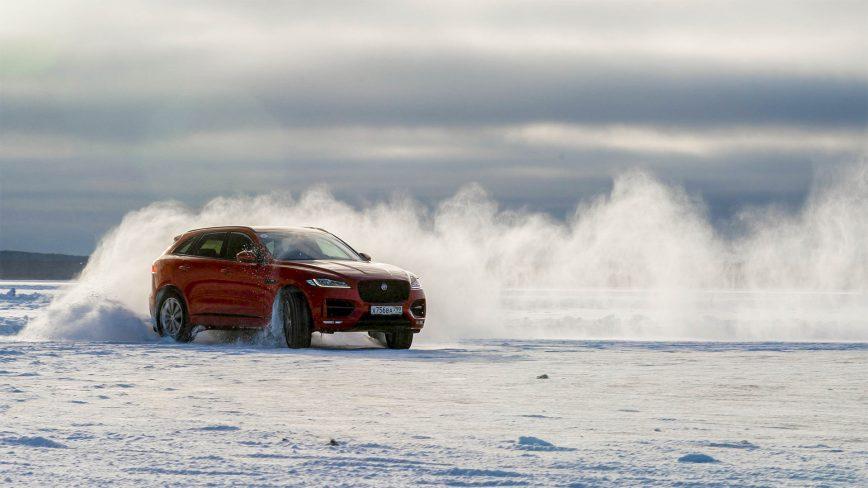 Зимний тест-драйв Jaguar F-Pace