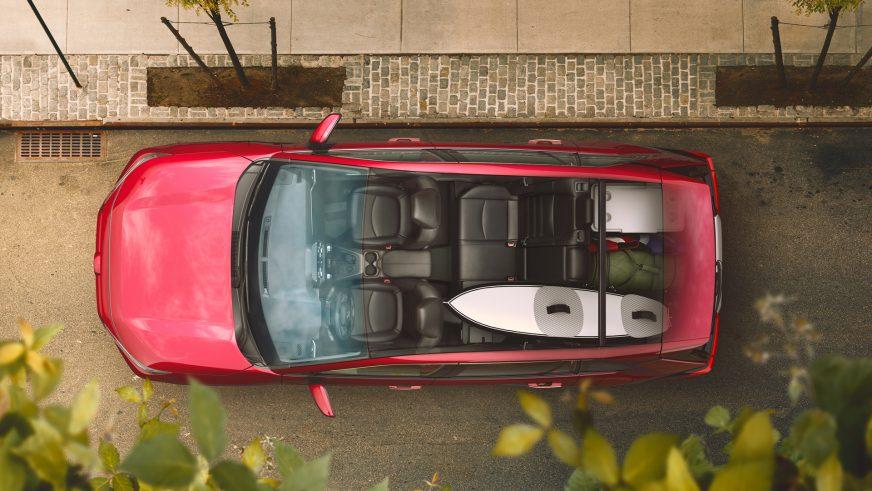 Toyota сделала новый RAV4 более брутальным