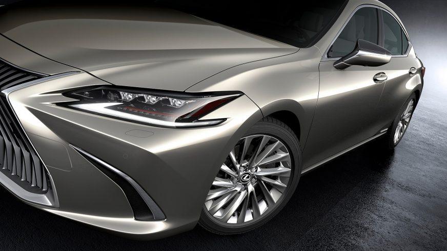 Новый Lexus ES представлен официально