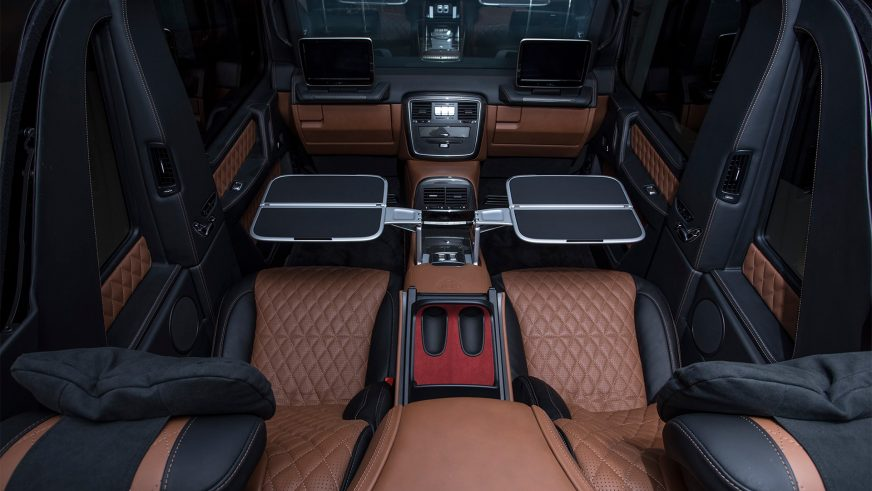 В СНГ привезли Mercedes-Maybach G650 Landaulet