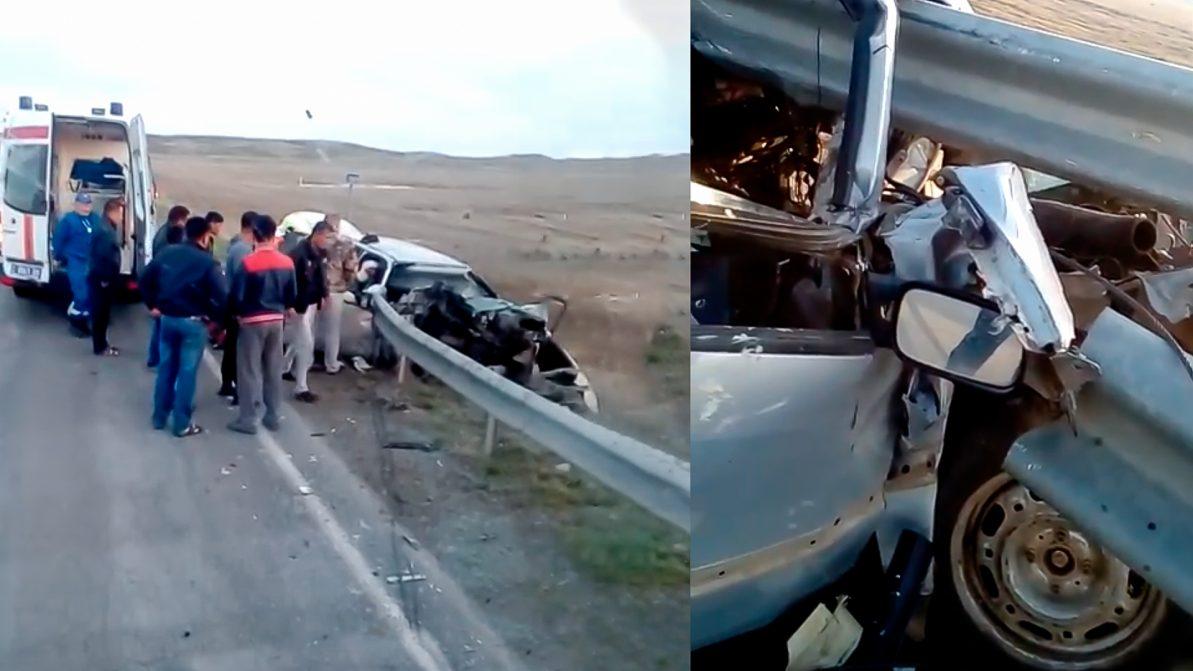 Дорожное ограждение прошило Volkswagen Passat под Балхашом