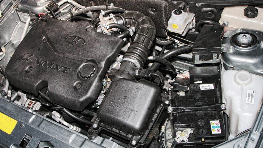 Lada Priora - 2007 - двигатель