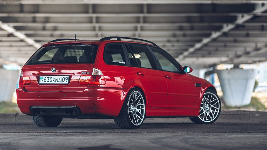 Самые яркие машины страны выставят на «Медеу»