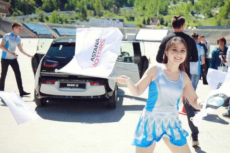 В полку гибридов и электрокаров на рынке Казахстана прибыло
