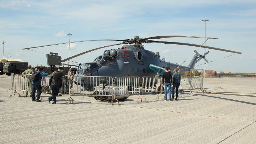Выставка военной техники в Астане открылась для всех