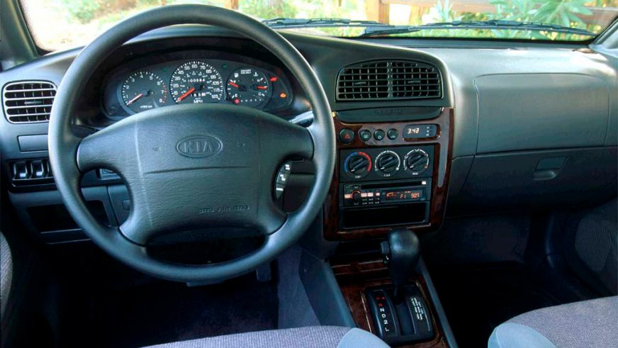 1998-2004. Kia Sportage (JM) рестайлингтен кейін