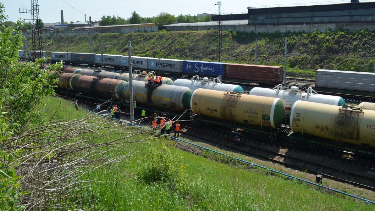 Ввоз российского бензина хотят запретить в Казахстане