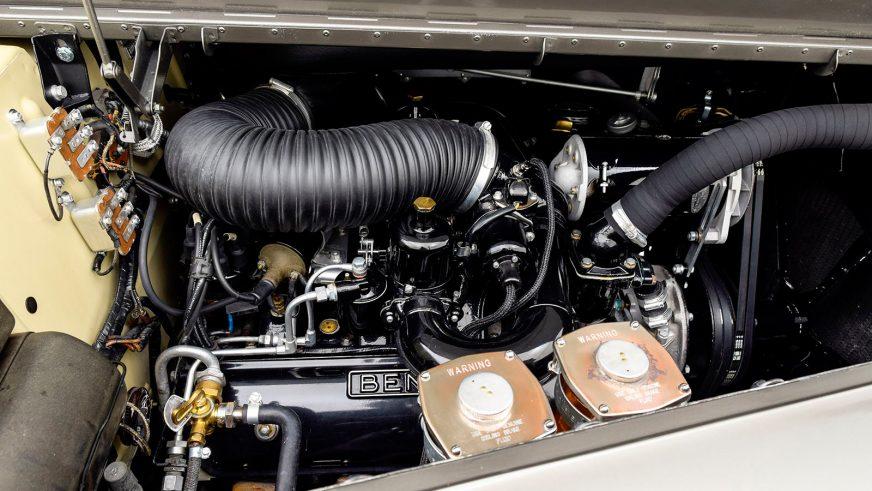 Bentley S2 с уникальным кузовом выставили на продажу