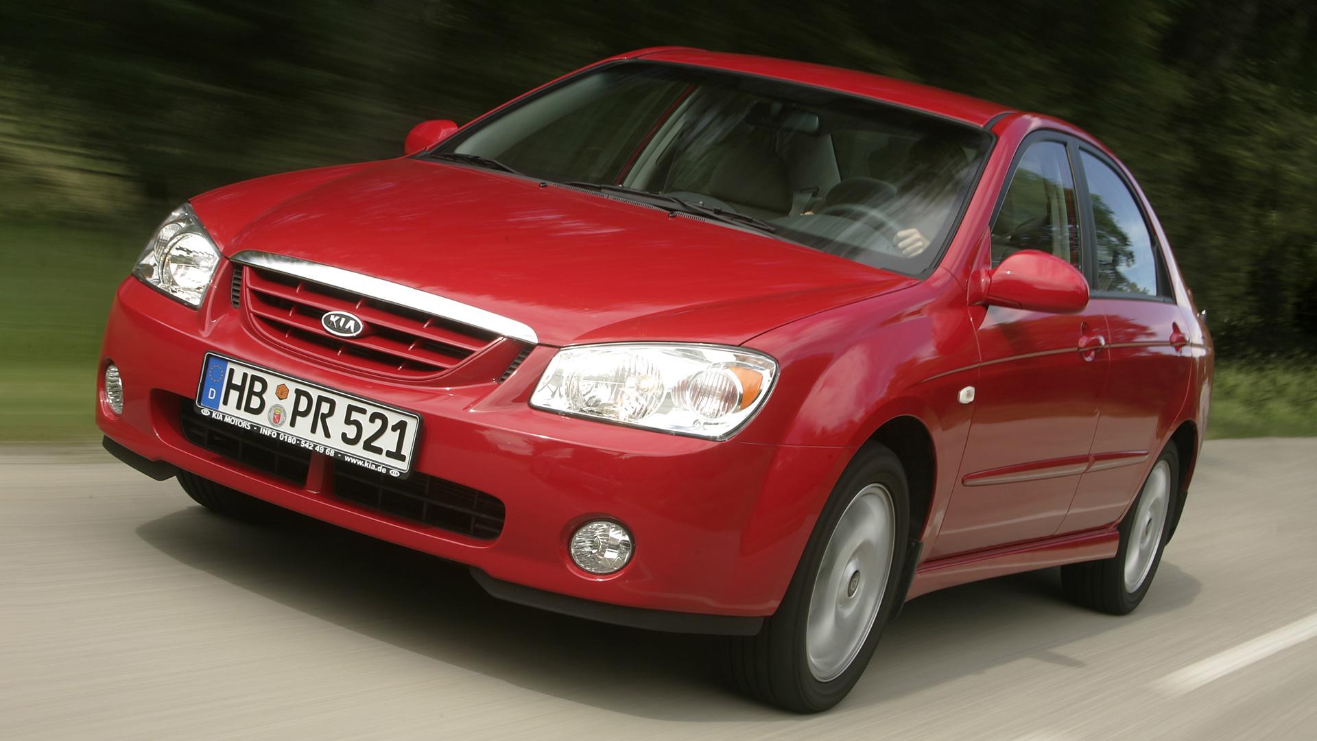 2004–2008. Kia Cerato первого поколения (LD)